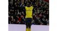 Salt Bae dazzles Premier League team in Dubai