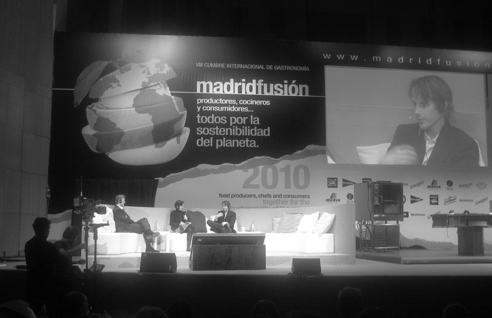 Grant Achatz on stage at Madrid Fusion.