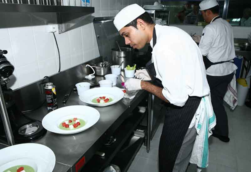 The Emirates Towers team plates up.