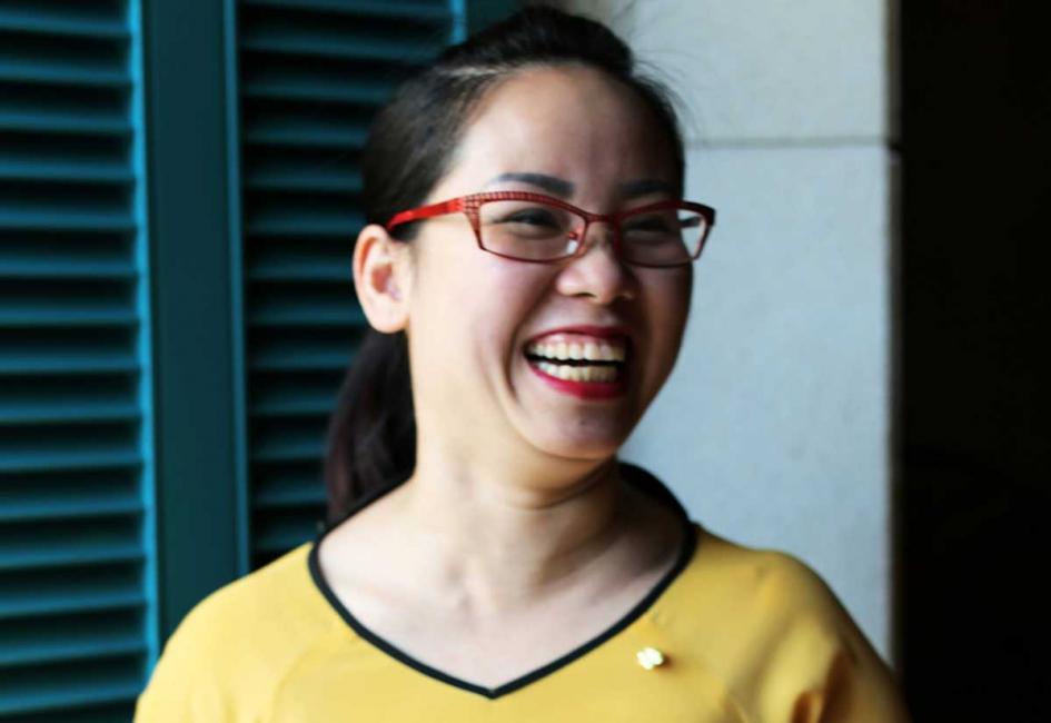 Pham Thi Luyen, restaurant manager