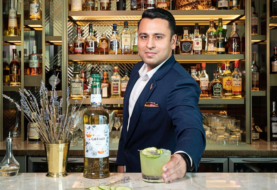 Drink, Bartender, Dubai