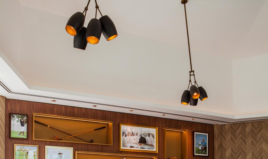 Spike bar, Dubai Golf & Yacht Club outlet, Football news
