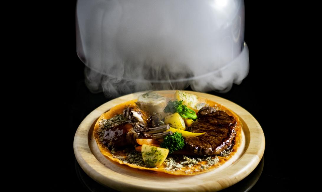 Lmnts, DWTC, Interactive dining