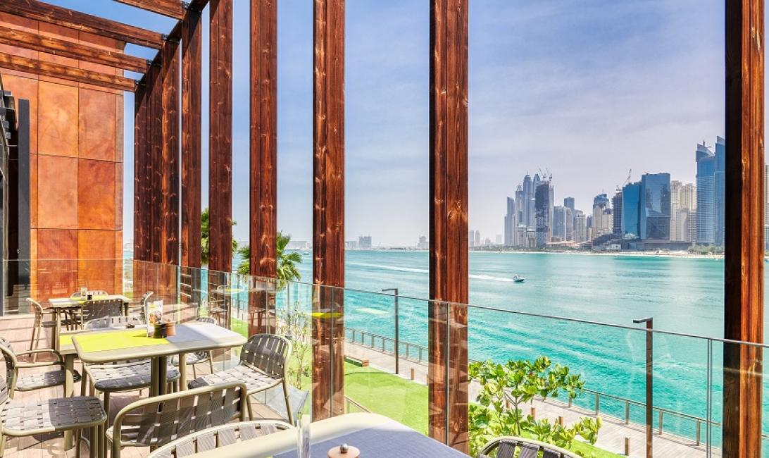 Dubai happy hour, French restaurant, Patisserie