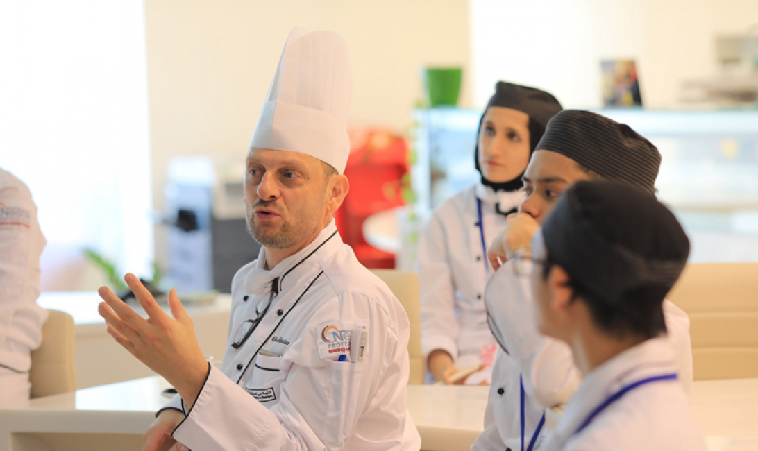 DCT organises a practical experience where students are trained under the direction of chef Christian Biesbrouck.