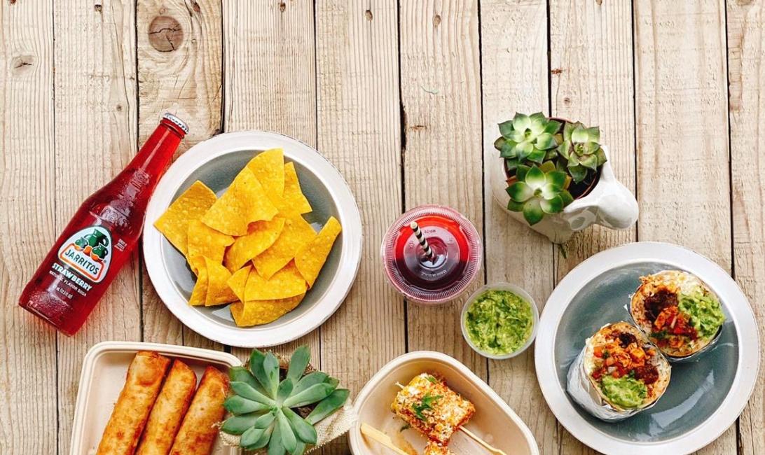 Burro blanco, Mexican, Tacos, Burritos, Abu Dhabi